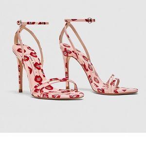Zara lip print heel